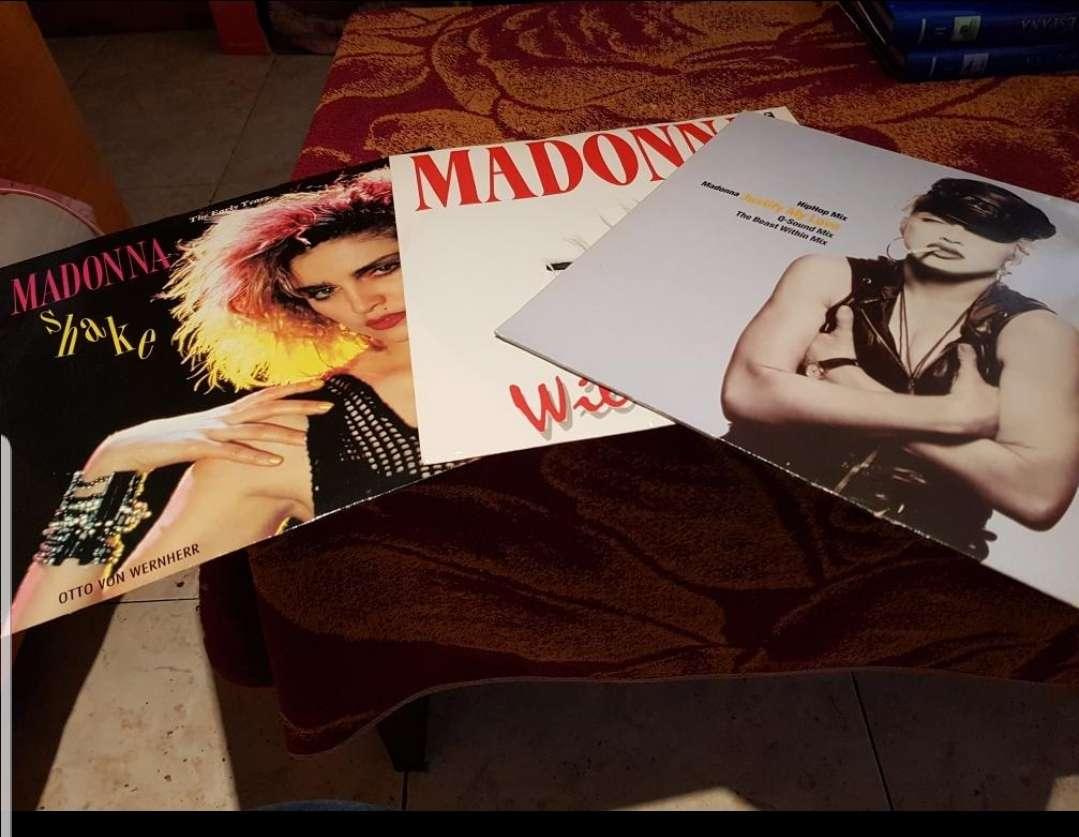 Imagen singles de MADONNA