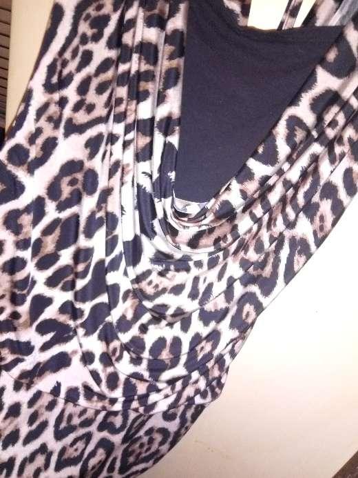 Imagen producto Vestido leopardo  2