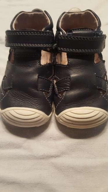Imagen zapatillas biomecanics azules