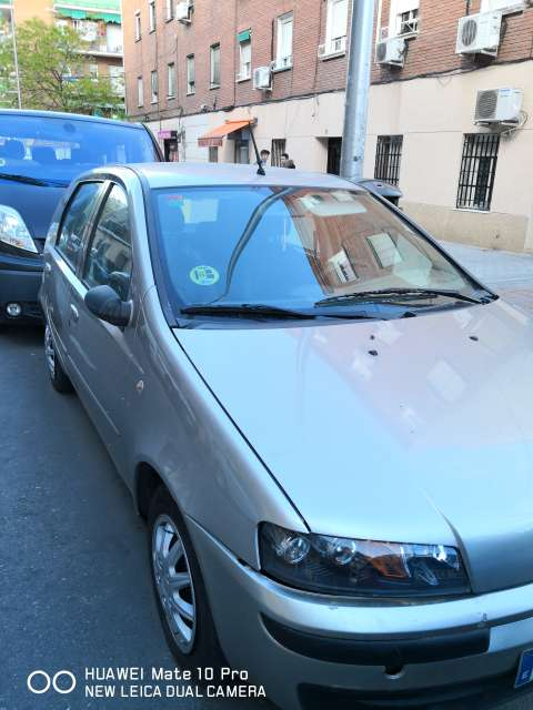 Imagen producto Fiat Punto 1.2 80 Cv 2