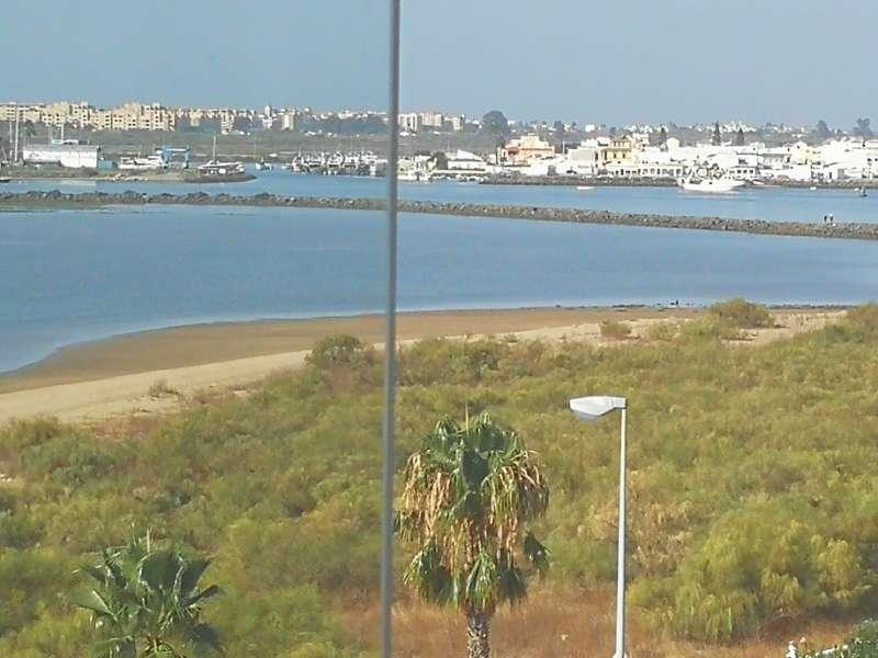 Imagen producto Expectacular atico isla Cristina Huelva. 9