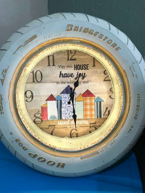 Imagen reloj con lampara