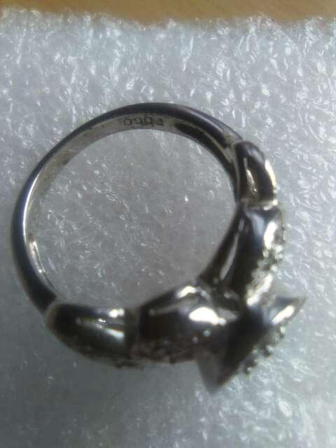 Imagen producto Anillo de plata con detalle de safiro. 5