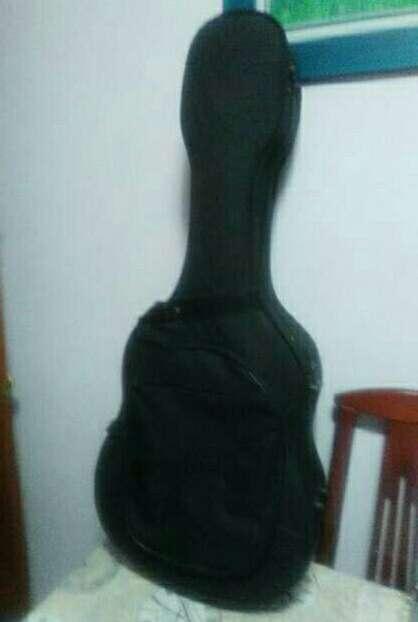 Imagen producto Estuche para guitarra. 2