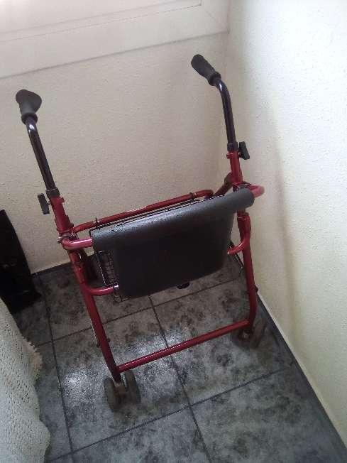 Imagen producto Caminador para personas mayores 3