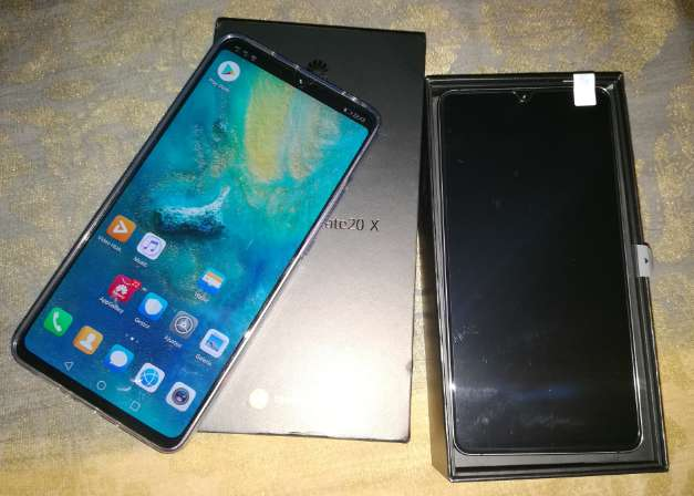 Imagen Huawei mate 20x 20 x