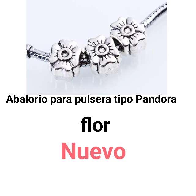 Imagen Abalorios para pulseras tipo Pandora. Flor. Nuevo.