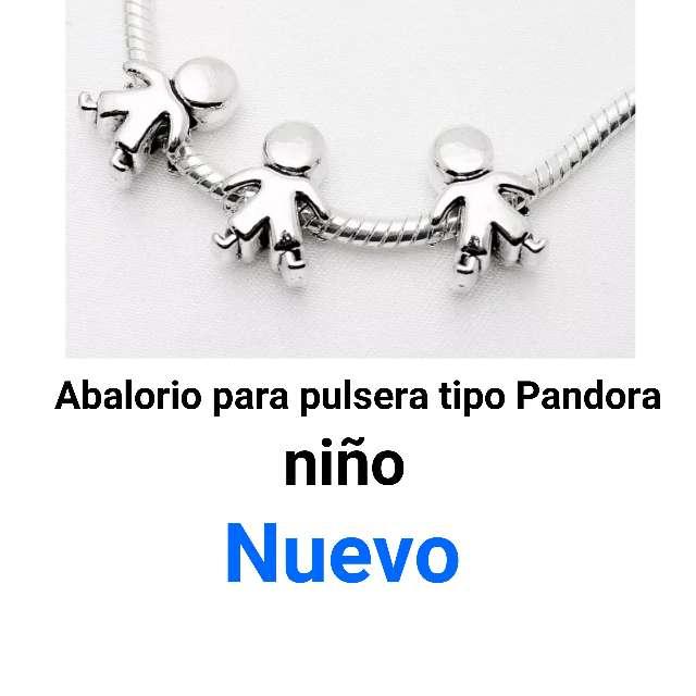 Imagen Abalorios pulseras tipo Pandora. niño.