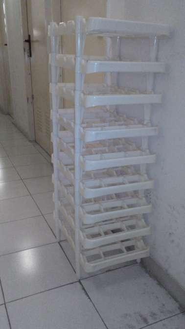 Imagen producto Botellero de plastico 2