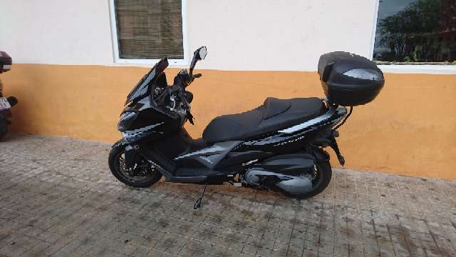 Imagen kymco xciting 400i ABS