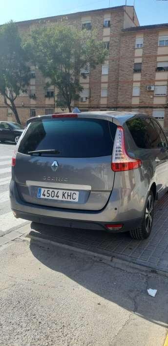 Imagen producto Renault gran scenic edición LIMITADA bose del 2011 5