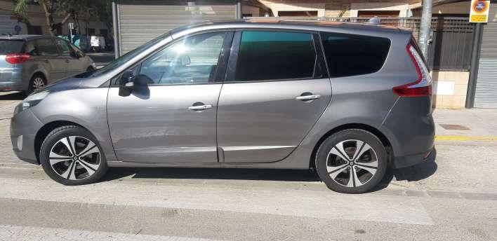 Imagen producto Renault gran scenic edición LIMITADA bose del 2011 3