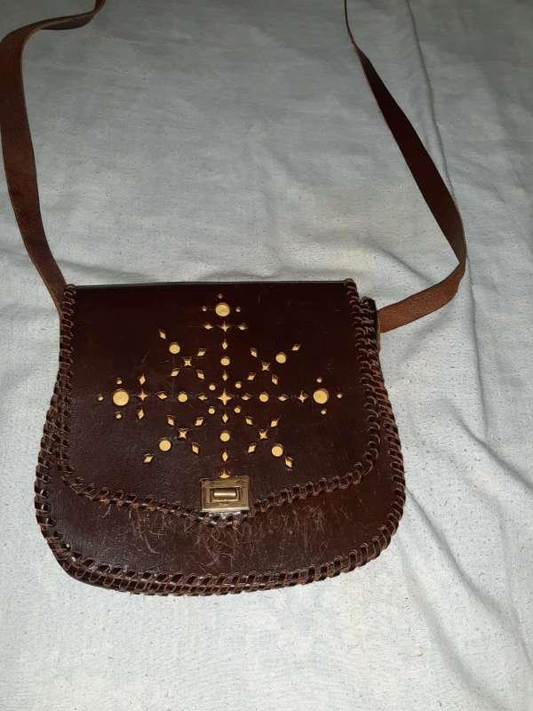 Imagen bolso bandolera de cuero  bueno