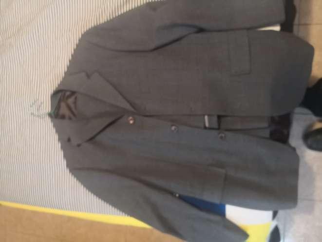Imagen producto 2 trajes de hombre  2
