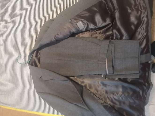 Imagen 2 trajes de hombre
