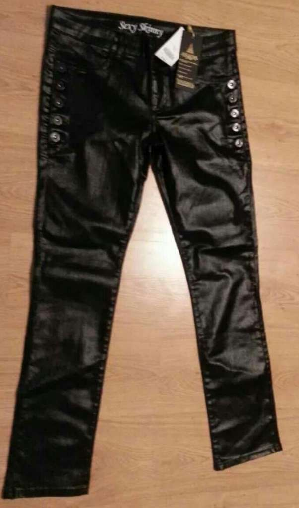 Imagen Pantalón negro brillante 40 nuevo