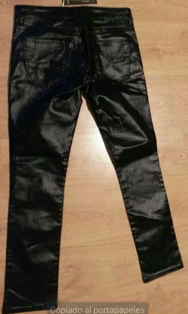 Imagen producto Pantalón negro brillante 40 nuevo 2