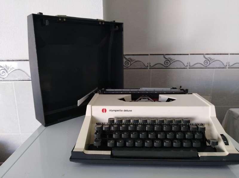 Imagen Máquina de escribir Olimpiette de luxe.