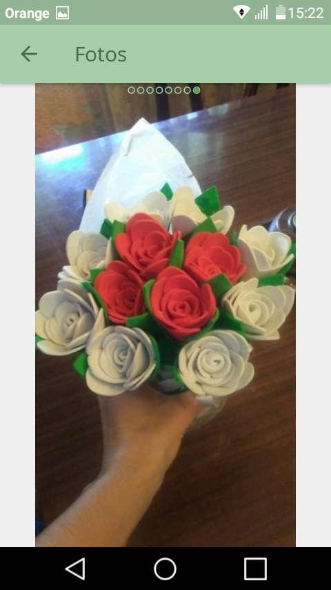 Imagen producto Flores de goma eva 3