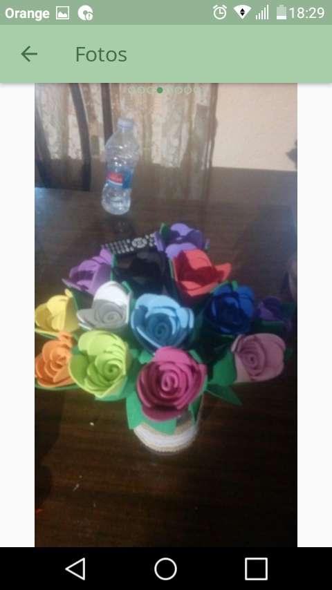 Imagen producto Flores de goma eva 6