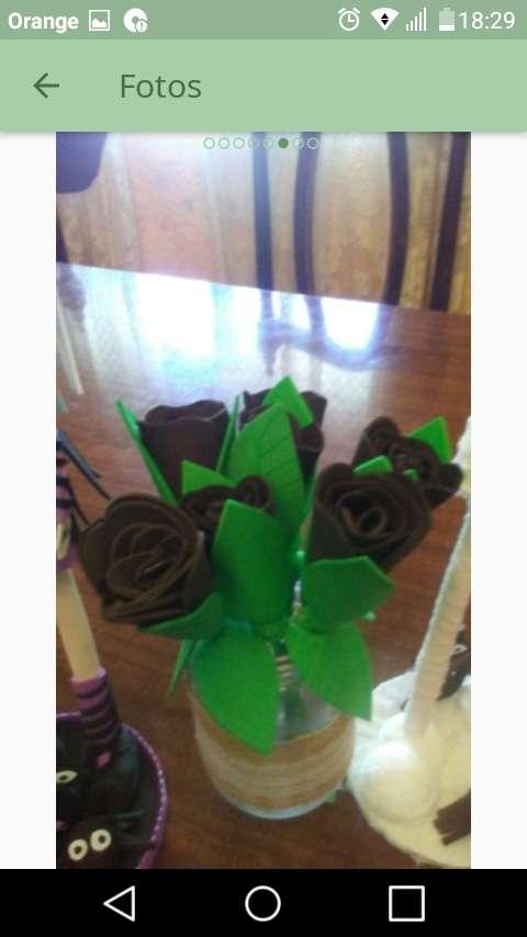 Imagen producto Flores de goma eva 5