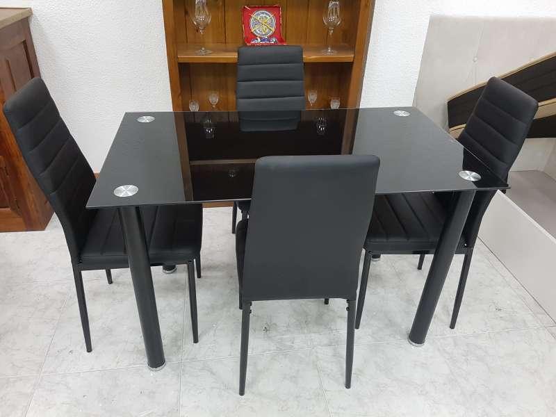 Imagen producto Oferta en mesas nuevas cuatro o seis sillas!! blanco,negro o wengué 2