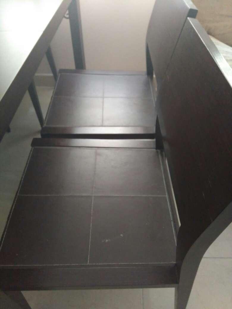 Imagen Mesa de salón y sillas