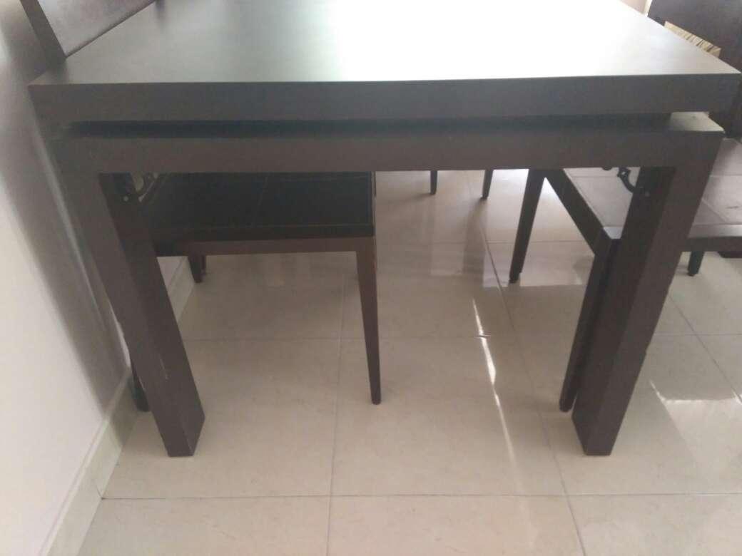 Imagen producto Mesa de salón y sillas 2