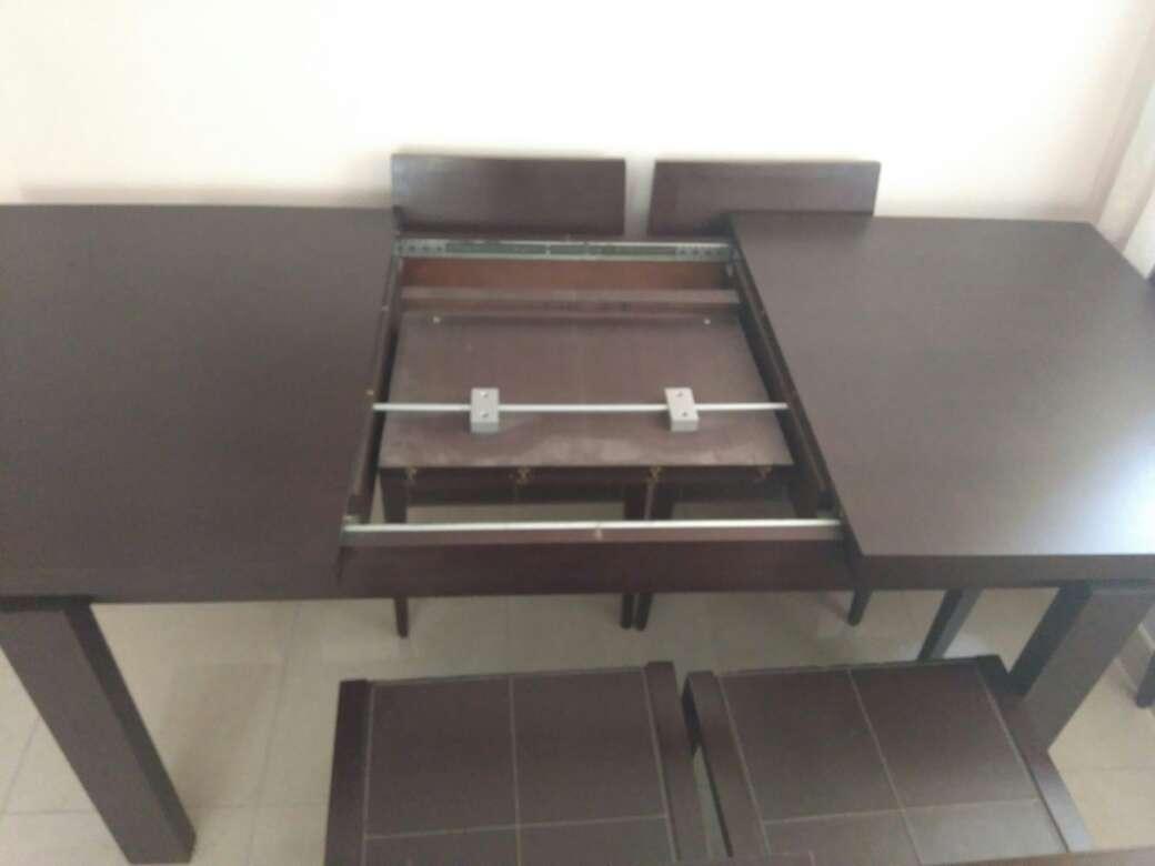 Imagen producto Mesa de salón y sillas 3