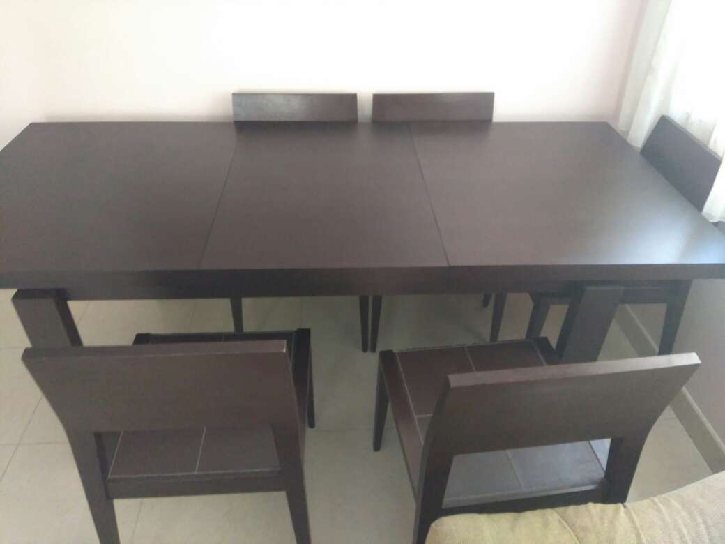 Imagen producto Mesa de salón y sillas 4