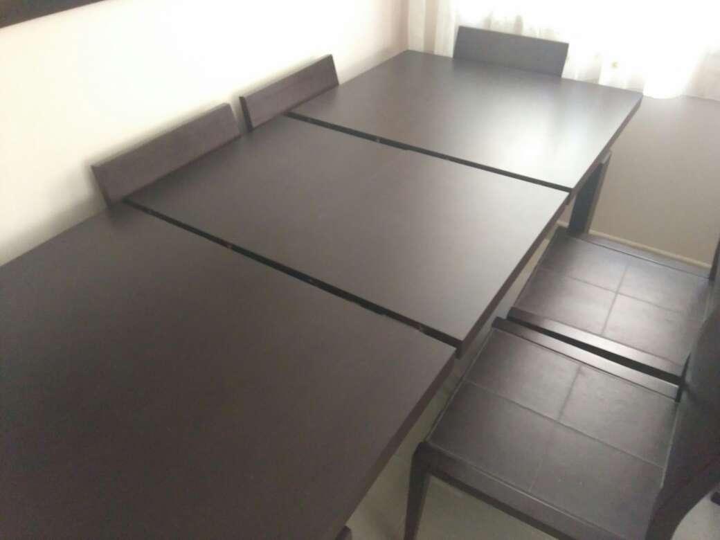 Imagen producto Mesa de salón y sillas 5