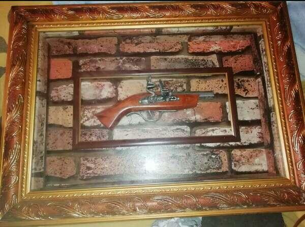 Imagen cuadro de pistola