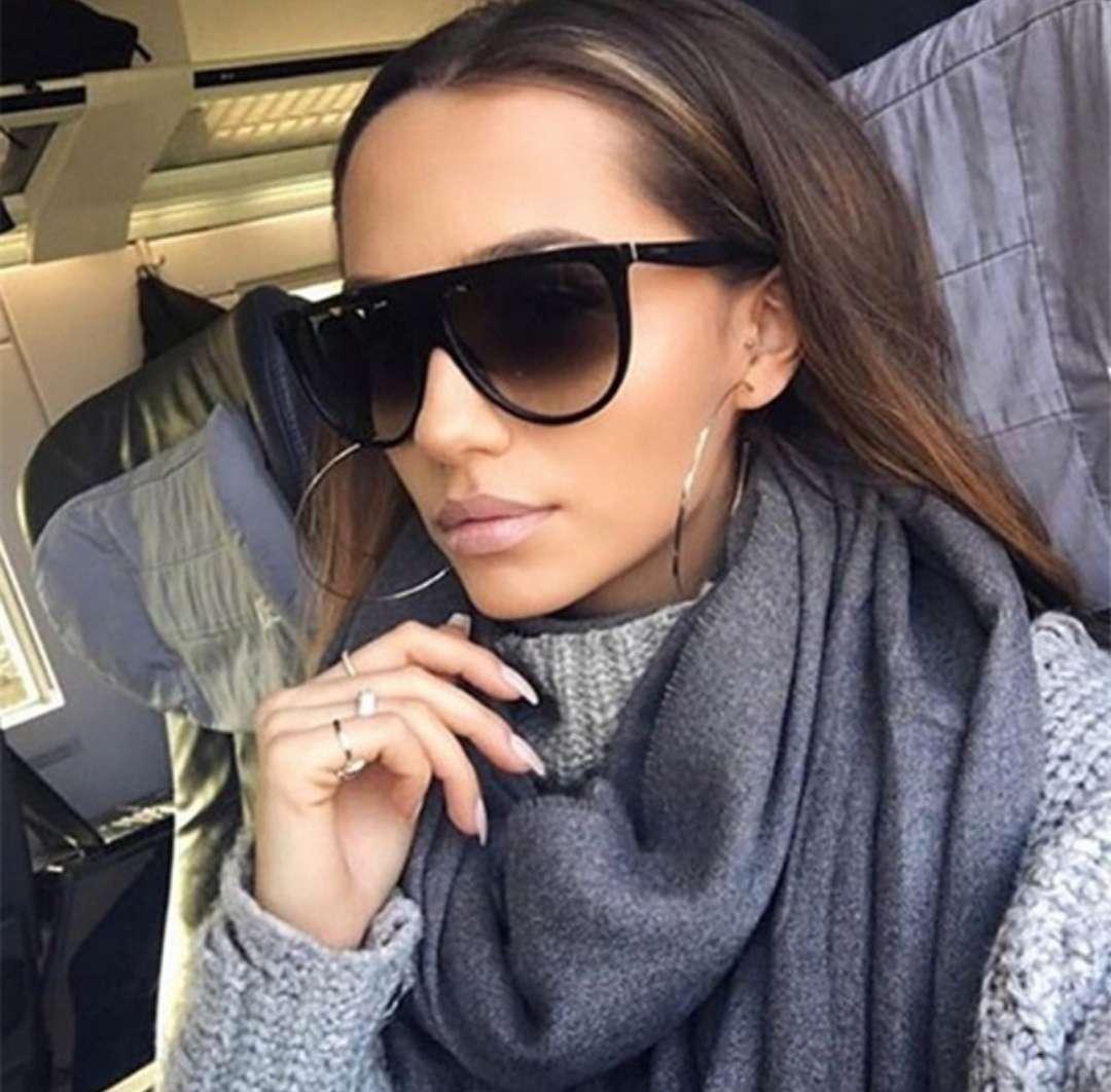 Imagen Gafas de sol fashion sin usar