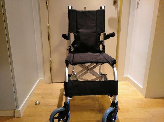 Imagen producto Silla ruedas ancho 40 cm y andador  4