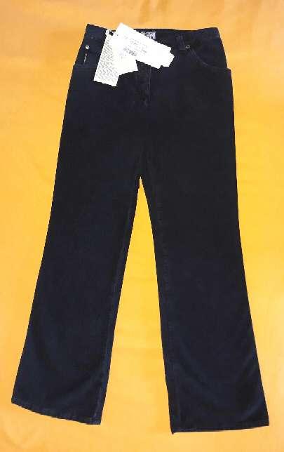 Imagen producto Pantalón Armani, 9 años.  5