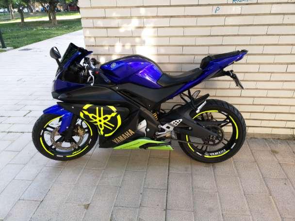 Imagen Moto como nueva siempre en garaje