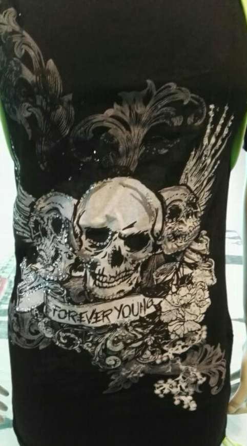 Imagen producto Camiseta verde neón lentejuelas  3