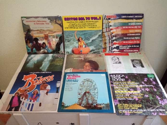 Imagen LOTE 32 discos de vinilo