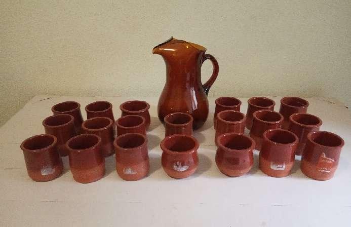 Imagen LOTE 20 vasos de cerámica y barro.