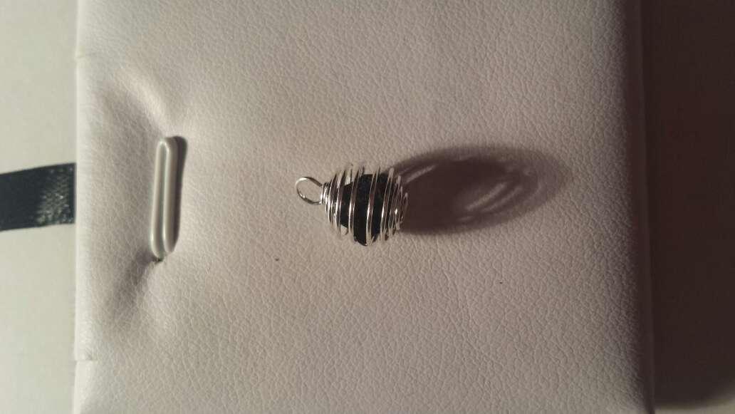Imagen producto Colgante mini con meteorito  2
