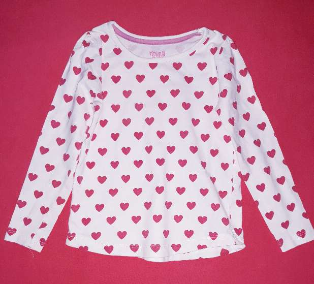 Imagen Camiseta corazones, 4-5 años.