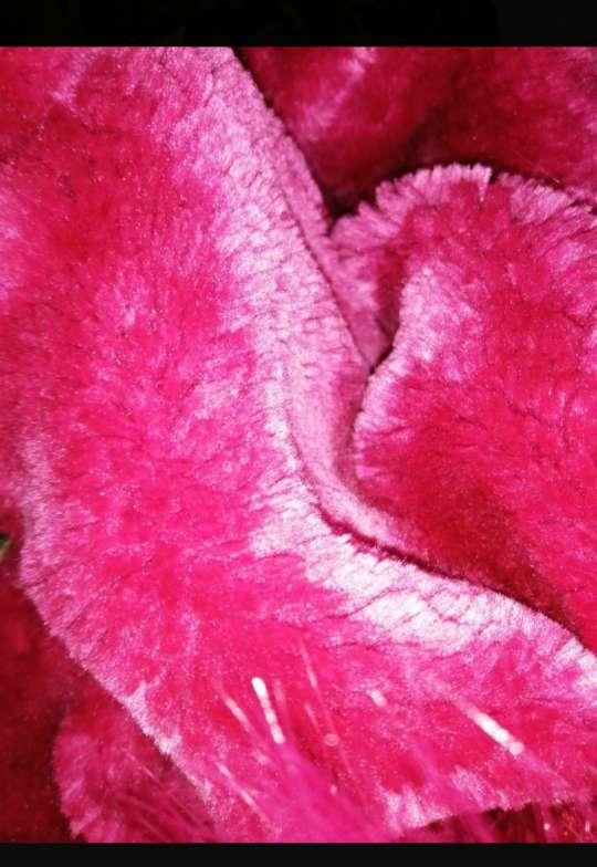 Imagen producto Chaqueta militar de pelo rosa  2