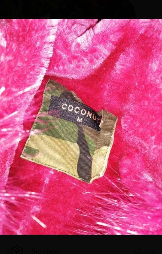 Imagen producto Chaqueta militar de pelo rosa  3
