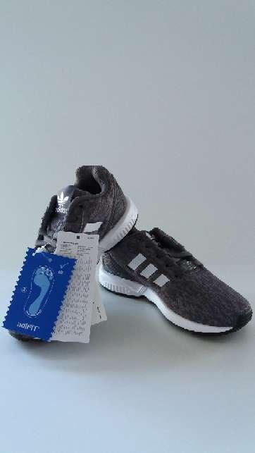 Imagen producto Zapatillas auténticas Adidas modelo ZX FLUX talla 30 6