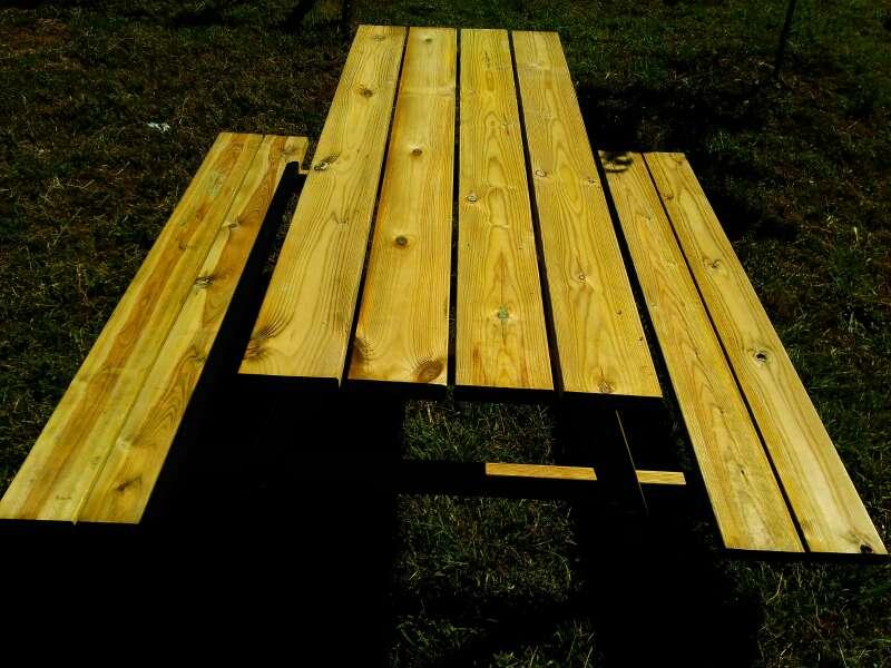 Imagen producto Mesa picnic Modelo 6P de madera tratada para exteriores 3