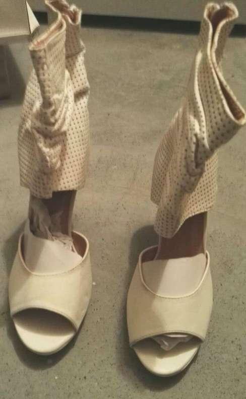 Imagen producto Zapatos botines blancos tacón talla 39 nuevos  3