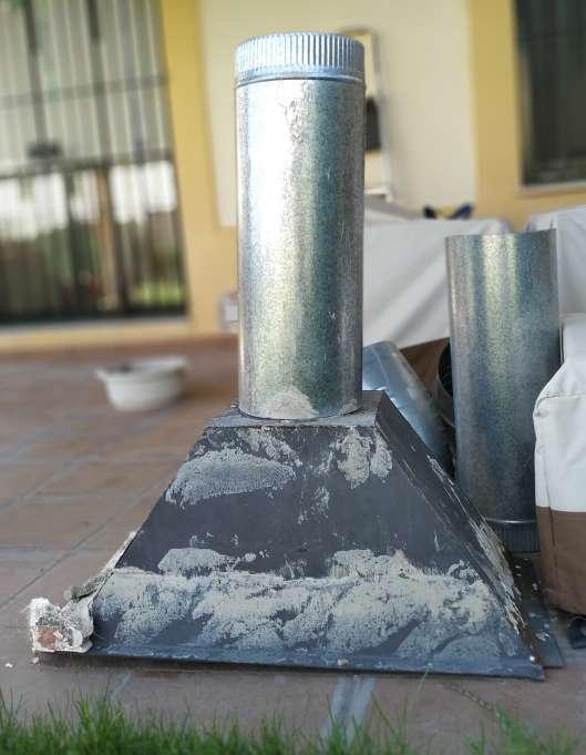 Imagen Campana de chimenea y tubos