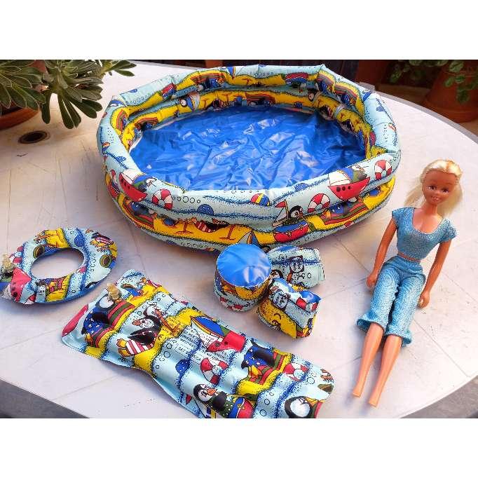 Imagen Piscina y flotadores para muñecas