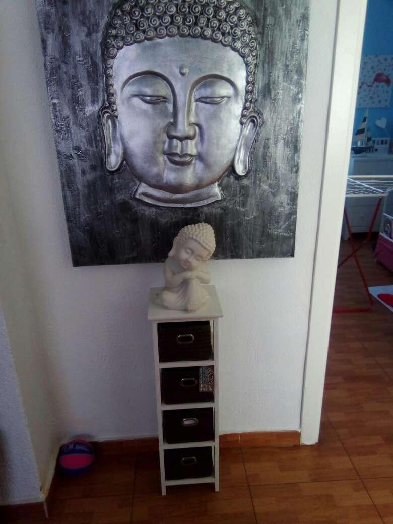Imagen Cuadro y mueble nuevo