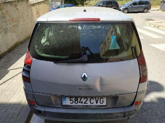 Imagen producto Renault gran scenic año 2003 7 plazas líquido 400€ culata averiada 6
